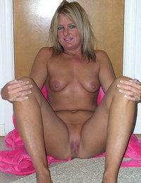 farmers wife home alone porn pics